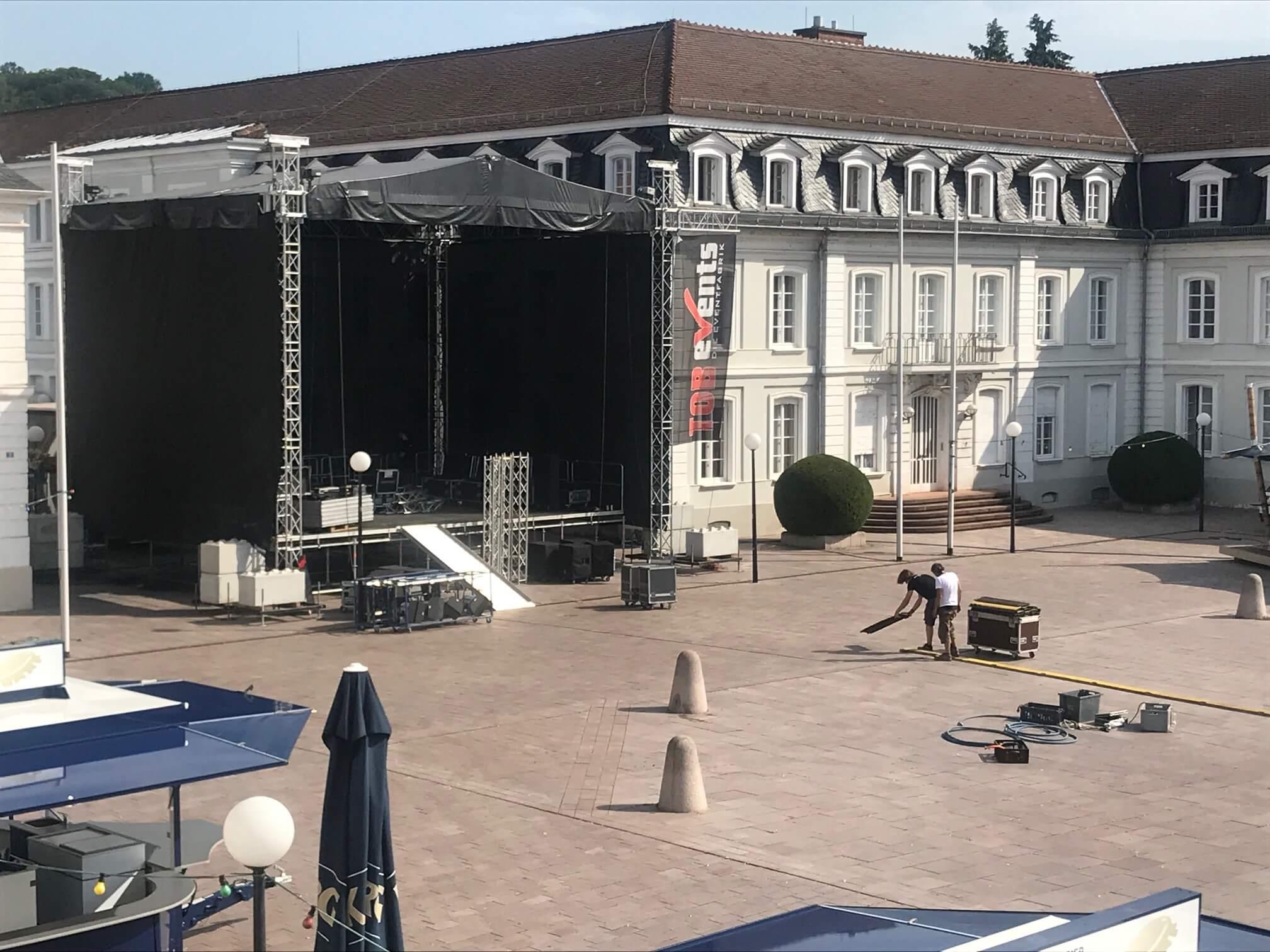 Aufbau Herzogplatz Stadtfest Zweibrücken